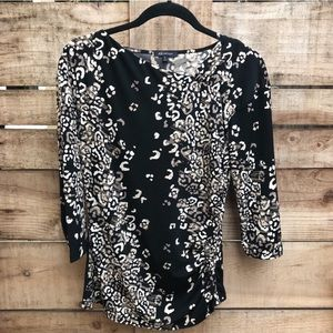 B&W Quarter Sleeve Print Top